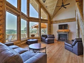 Cascade Grande Prow interior with fir flooring