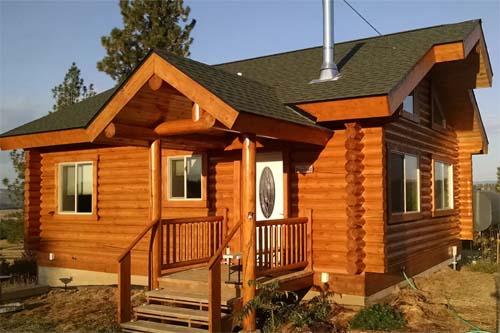 Camp Cabin near gardiner montana yellowstone park
